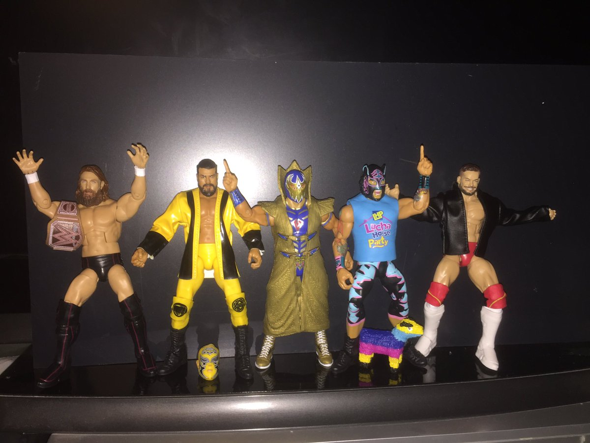 Loose pics of today's figs, pick yours up from @TOYSANDMASKScom