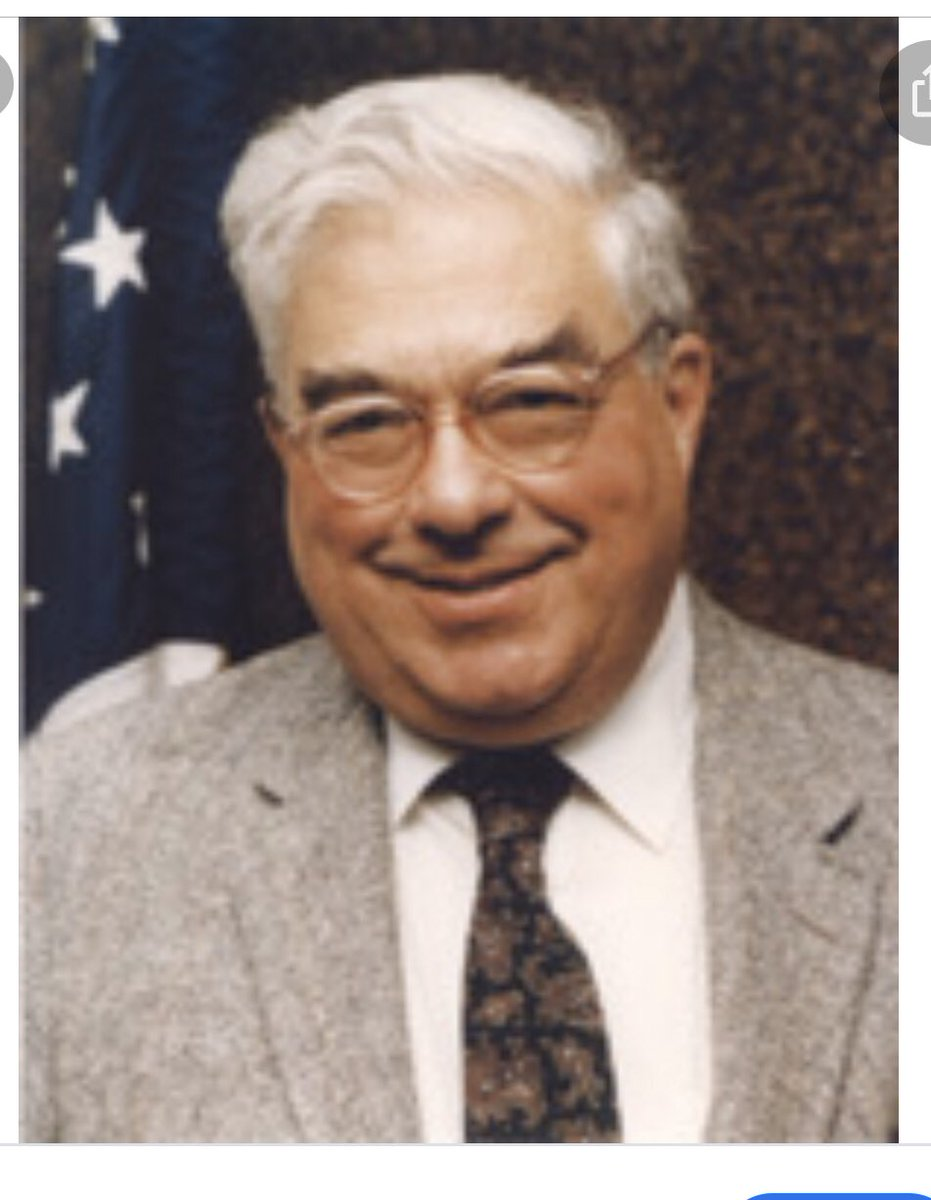 @cracraft_teresa Barr's father..Donald Barr. The resemblence is....can't find the right word..help..