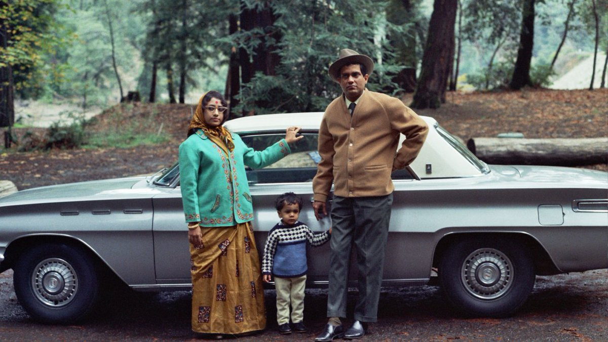 Less than a week left to see the @MOHAIs Beyond Bollywood: Indian Americans Shape the Nation. #MOHAI is on the south shore of Lake Union, just a quick #HelloYellow ride from downtown hotels. #VisitSeattle #NoSurge mohai.org/exhibits/beyon…