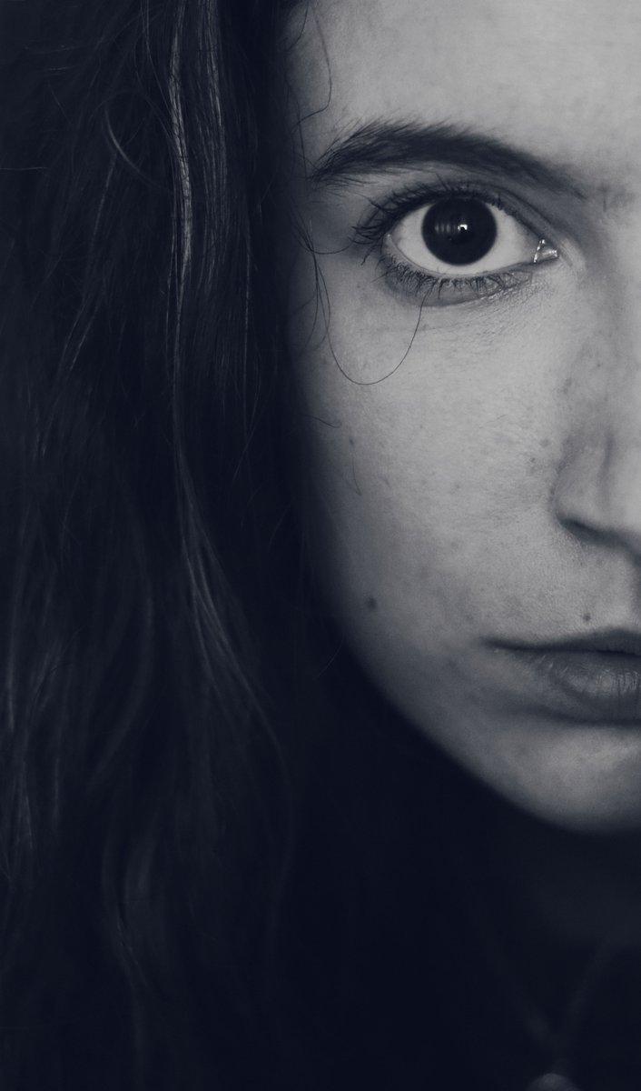 #canon #eos250D #photography #retrato #blackandwhite #photo #girl #self #dreamer #fotografia