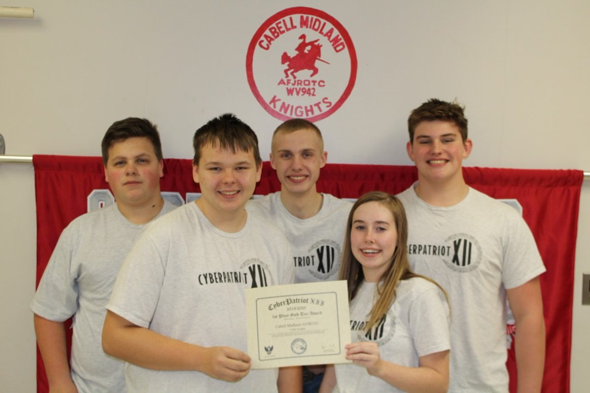 """🥇🏆CMHS AFJROTC CyberPatriot Team, """"Cyber Knights"""", win 1st Place in the Air Force Association's National Youth Cyber Defense Competition!🎉 Left to Right: Back: Joe Savage, Dylan Jenkins, Jackson Shouldis Front: Dylan Ashworth, Lilly Burns @joshbrunty @cabellschools"""