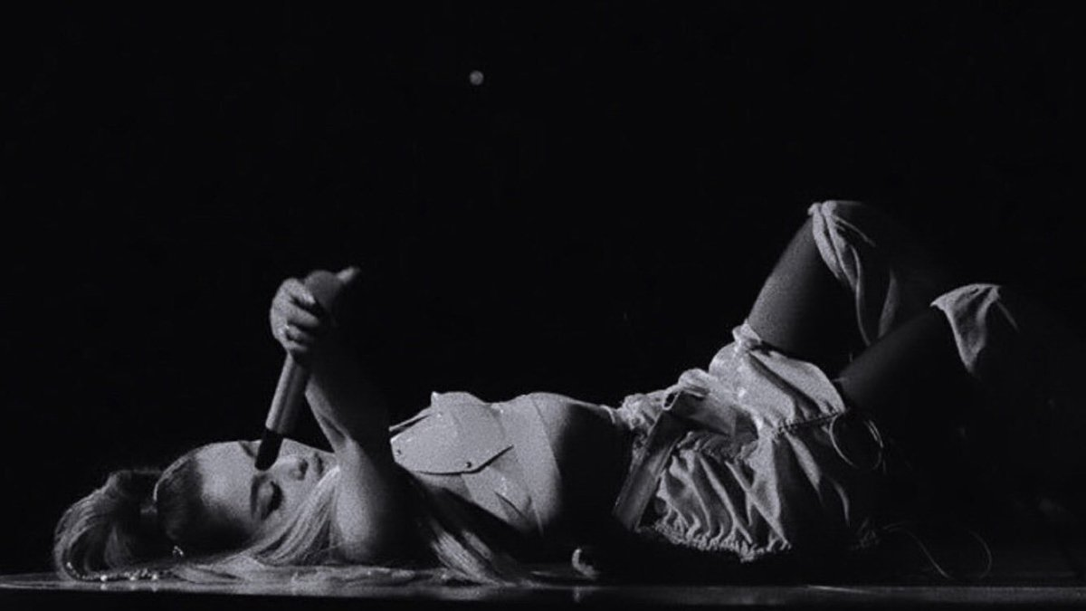 The final numbers are in: the #SweetenerWorldTour has officially grossed $145,895,695 and sold 1,329,061 tickets! (97 shows) <br>http://pic.twitter.com/SXU9cK0202