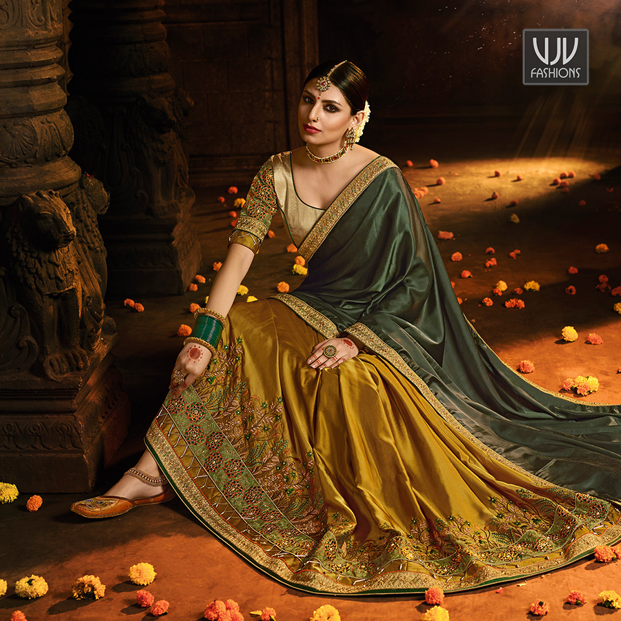 Buy Now @ http://bit.ly/VJV-SHIV2805 . Wonderful Green And Gold Color Silk Half N Half Saree . Fabric - Silk . Product No  VJV-SHIV2805 . #saree #sarees #designersaree #weddingsaree #bridalsaree #silksaree #banarasisarees #netsaree #ethnicsaree #embrioderysareepic.twitter.com/rmDybLKbEm