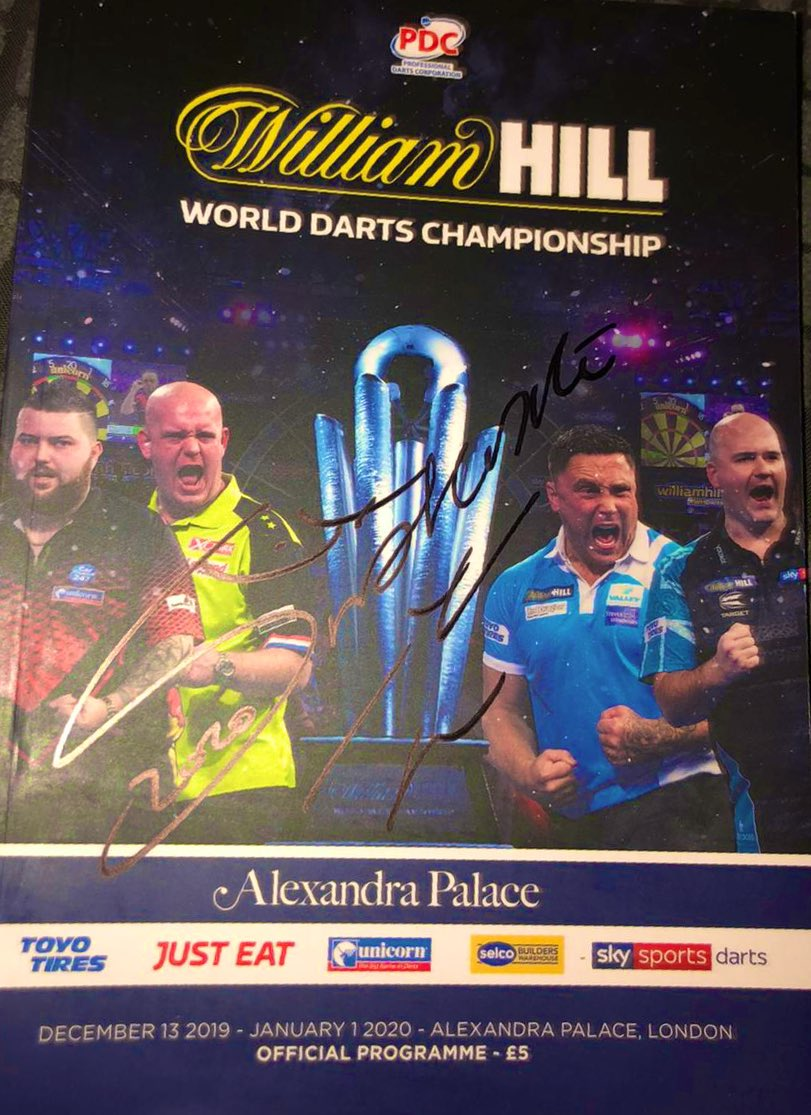 🎯 COMPETITION TIME 🎯 Retweet and follow @livedarts for your chance to win a World Championship programme signed by the champion - Peter Wright! ✍🏻 Subscribe ➡️ bit.ly/LiveDartsTV