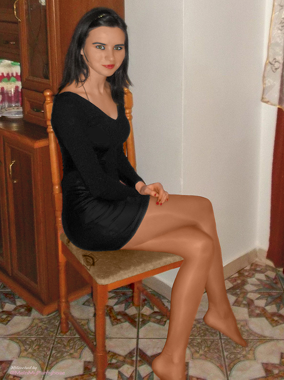 Instead of black #pantyhose, beige tones are a very nice alternative for black dresses. <br>http://pic.twitter.com/RxRd3X4H4y
