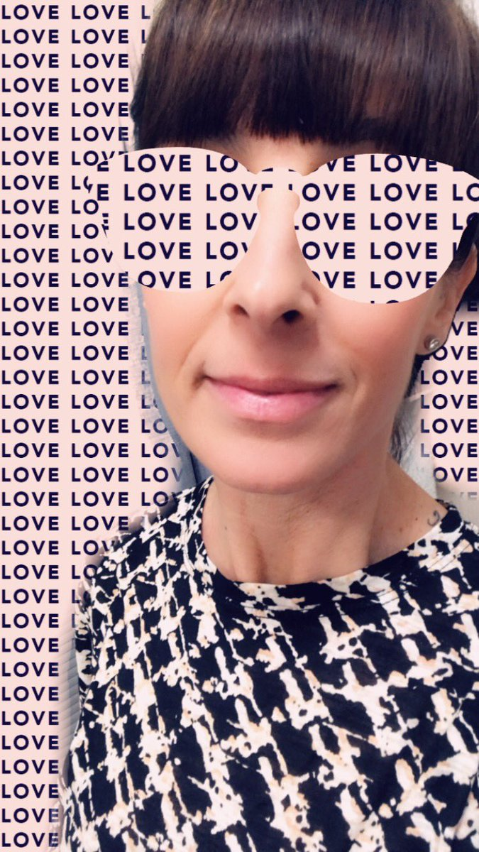 When you love your job..... #skintherapist #skincare #facials #waxing #threading #aesthetician #waxing #threading #facials #brows #oc #placentia #phenixsalonsuitesplacentia #25yearsinthegame #24yearsinbusiness #lovepic.twitter.com/D2VMygNGbP