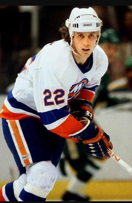Happy birthday Mike Bossy! Legend on the ice for the isles!