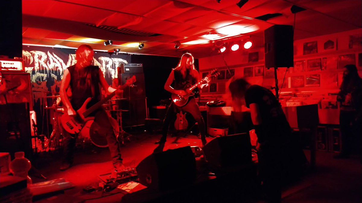 Graveyard Ghoul in #Oldenburg. #Deathmetal <br>http://pic.twitter.com/SdhnY5ePWY