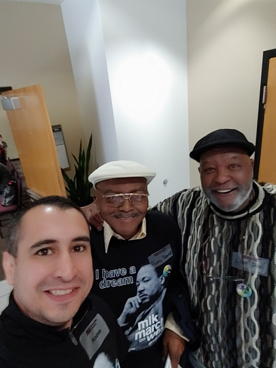 """I had the HONOR of meeting Mr. Traylor and Mr. Dix. They were part of the Civil Right Movement and personally met Dr. MLK. My biggest takeaway: """"A nation that forgets its history is condemned to repeat it, and today a lot people are forgetting what MLK fought for"""" #EqualityForAll <br>http://pic.twitter.com/IEJ5xUGvsS"""