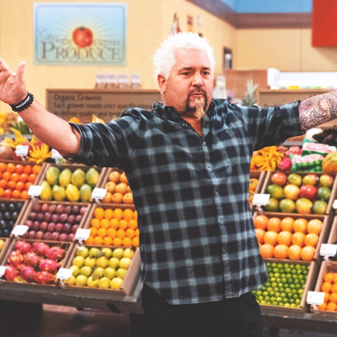 Alright alright settle down everyone...the epic finale to the  DDD Super Team tournament is comin' at ya tonight on #GroceryGames! <br>http://pic.twitter.com/vvucYFAU5S