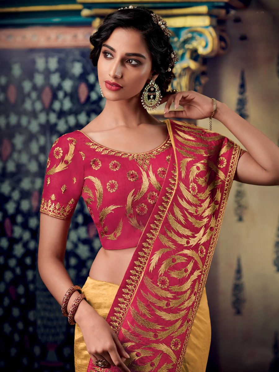 Latest Traditional Party Wear Designer Saree Blouse Up to 50% OFF Shop at https://www.heenastyle.com/sarees?limit=100… Follow @Heenastyle  #saree #designersaree #traditionalsaree #indiansaree #partysaree #silksaree #saris #HeenaStylepic.twitter.com/OsK1SKZB8B