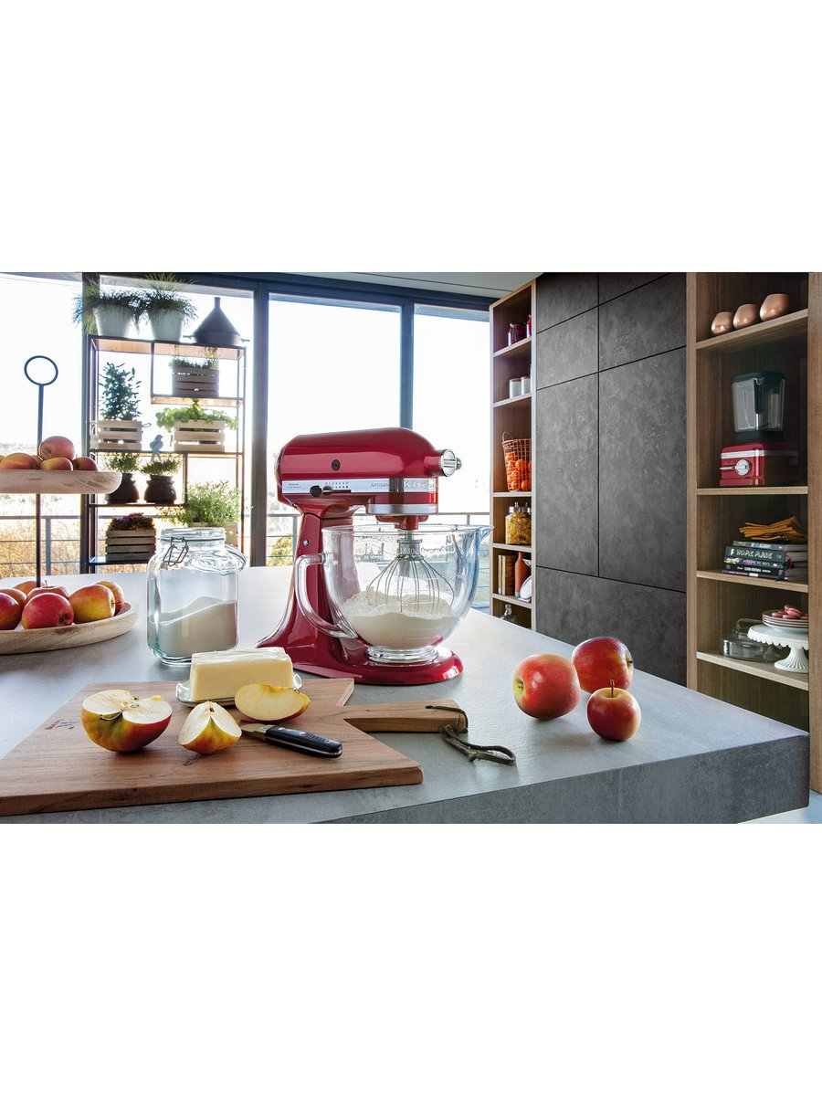 Check out this Candy Apple Red Mixer from KitchenAid for only £279 reduced down from £349 - We havent found a cheaper one. Come check it out today 😀