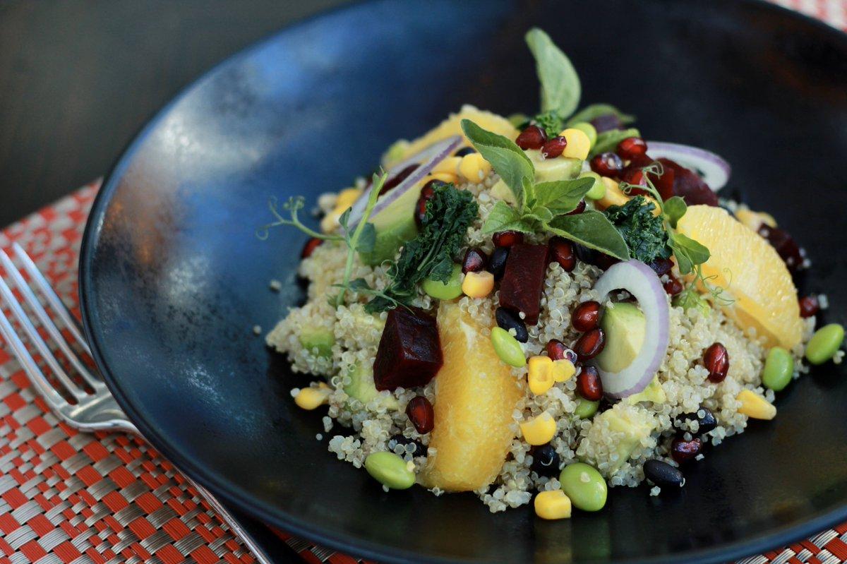 Quinoa salad + Pan roast salmon + Classic tiramisu = lunch done right ✅ 🍴  2/3 courses express lunch menu available daily from 12-4pm at the Authors'. #BonningtonTower  #Dubai #Lunch #DubaiHotel https://t.co/RsaTqq9Yqk