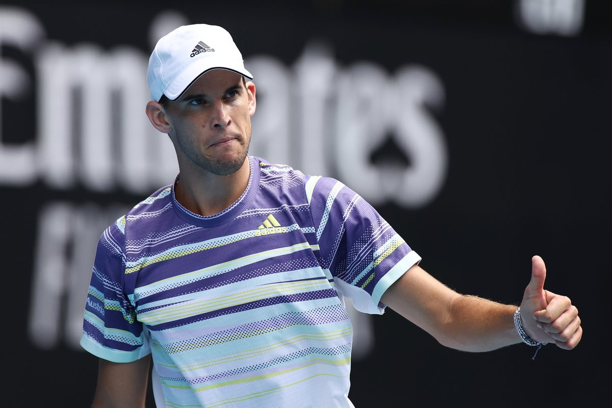 Back in business   @ThiemDomi takes the fourth set 6-1 over Bolt to take this one into a fifth.  Will the Aussie or the fifth seed make the 3R  #AusOpen <br>http://pic.twitter.com/JbFd1lbb50
