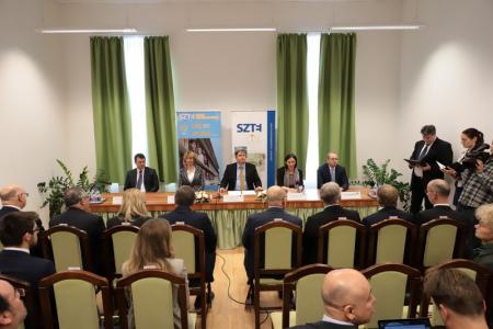 A Strategic Agreement was Signed Between the University of Szeged 🇭🇺 and the University of Novi Sad 🇷🇸 🤝     #SZTE #NoviSad #agreement #cooperation #Hungary #Serbia
