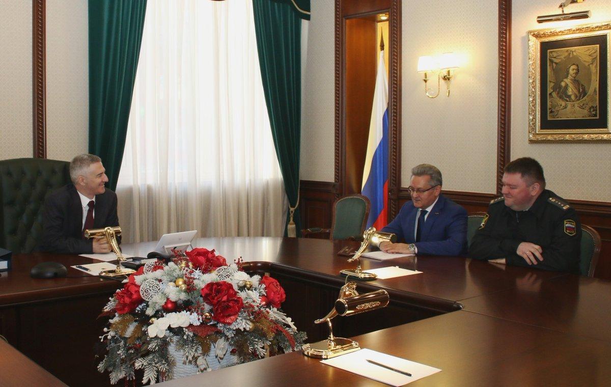 пшеницын заместитель главы республики карелия фото трехмесячного возраста