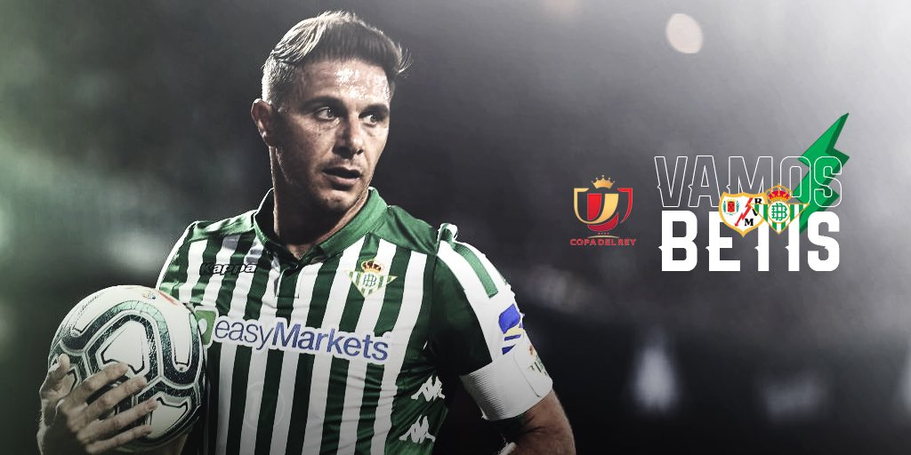 Día de partido. Vamos a por todas a Vallecas. Mucho @RealBetis!!💚 ⚡Rayo Vallecano ⌚21:00 horas 🏆#CopaDelRey