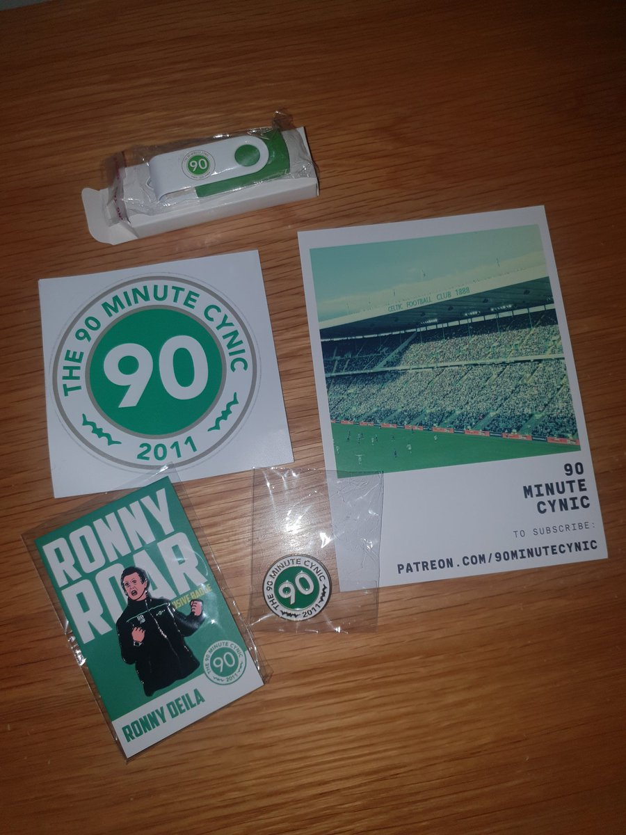 Thanks to the bhoys @90MinuteCynic for the wee package.Nice to come off the road and havee that as you go in the door!