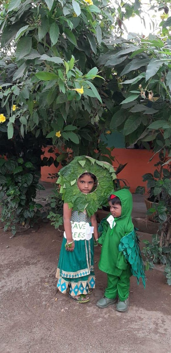 It gave me great joy to watch the way these tiny tots exhibit their care and concern about our environment. I appreciate the efforts of the management of the school nd da parents for letting their kids to know the importance of protecting the nature.   #GreenIndiaChallenge  <br>http://pic.twitter.com/9YjpOsgz73