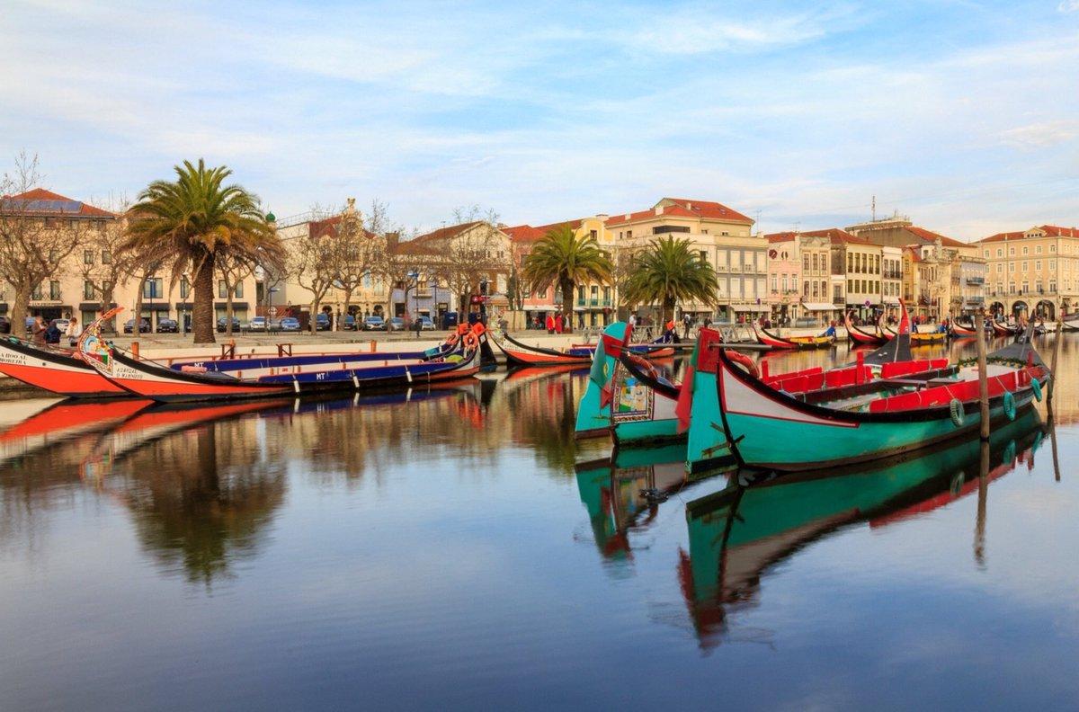 Aveiro, known as the Venice of Portugal #visitportugal #centralportugal #aveiro #portugal #travel #traveltribepic.twitter.com/bV9s4E1nej