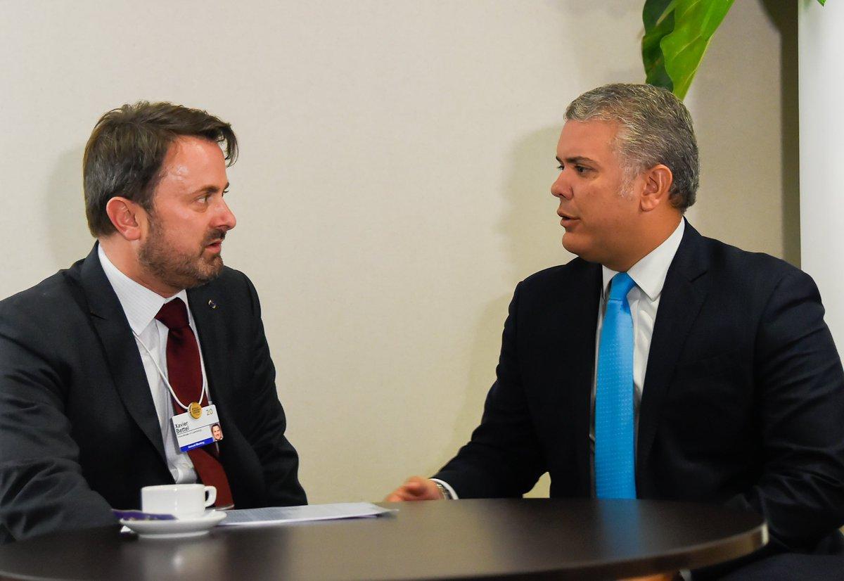 #Davos Excelente encuentro con Primer Ministro de Luxemburgo, Xavier Bettel. Reiteramos nuestros vínculos diplomáticos. Manifestó interés de compartir experiencia en tecnología satelital y de viajar a Colombia con empresarios para explorar oportunidades de negocios. #WEF2020