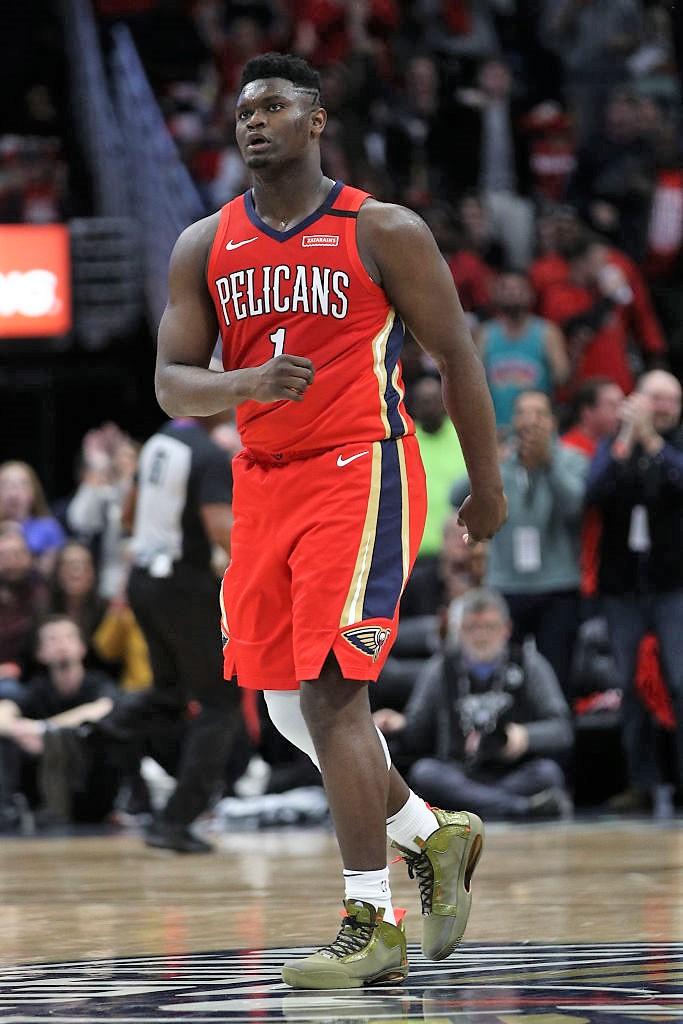 📷 #NBA 公式戦デビューを飾ったザイオン・ウィリアムソン(ペリカンズ)の足元を支えたのはこのシューズ👟 @Zionwilliamson @Jumpman23 #NBAjp #NBAKicks #WontBowDown
