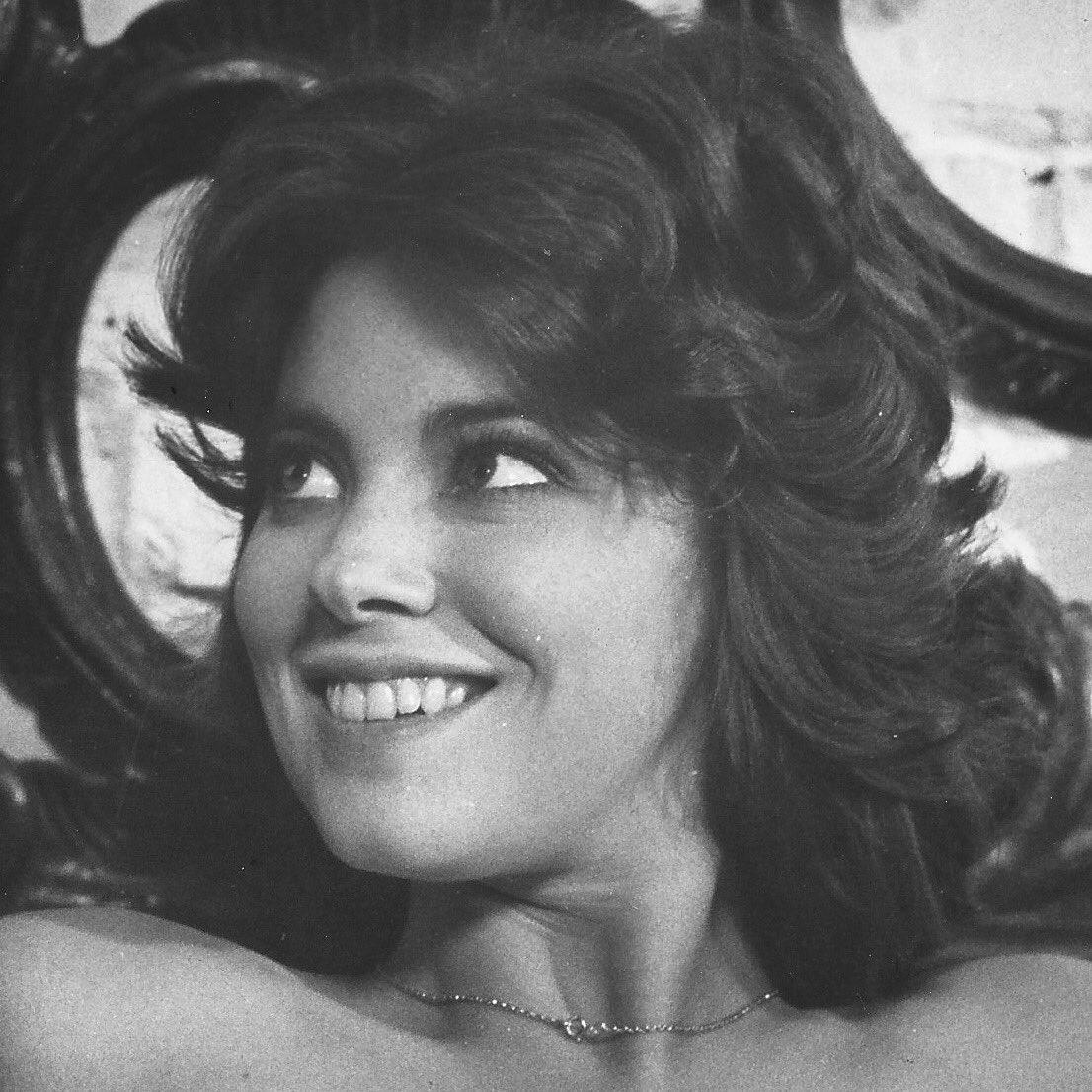 #LynneFrederick in #PeteWalker's #Schizo #horrorfilm #slasherfilm #screamqueen #EnglishRose #LynneFrederickFanPage • #celebrities #oldhollywood #vintage #movies #films #cinema #photography #beautiful #1970s #british #britishfilm #beauty #beautifulwoman #actress #popculturepic.twitter.com/YD0pQWCMzz