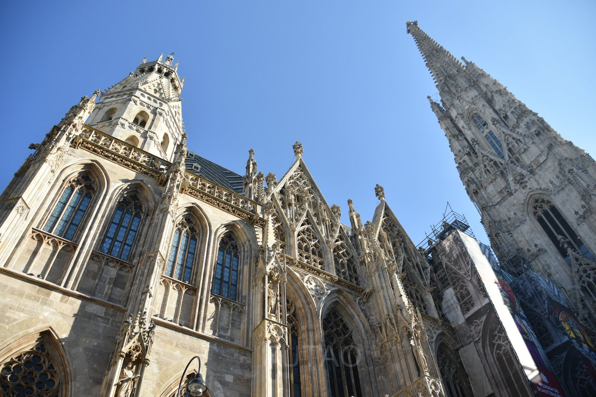 Working on the #Vienna post and dreaming of the beautiful St. Stephens Cathedral glistening in the morning sun. #Austria #SaturdayMorning #Travel #traveltribe #amwriting