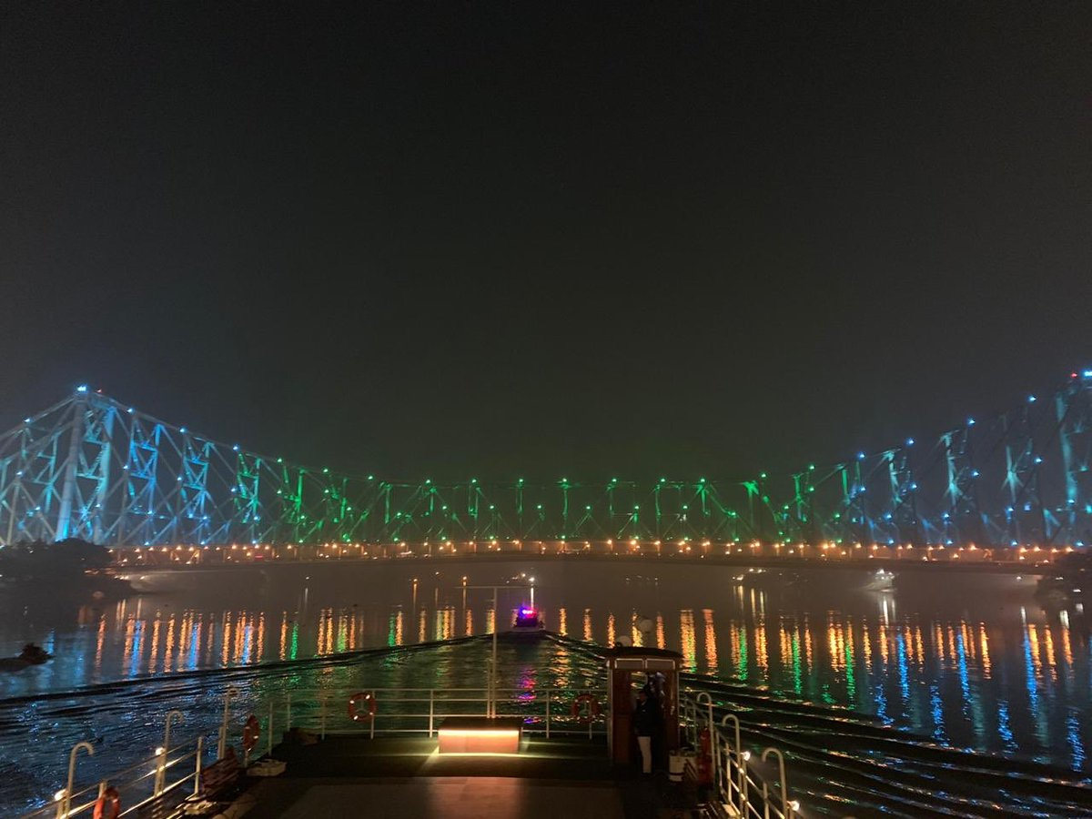 After the programmes in Kolkata, on the way to Belur Math by boat. Have a look at the beautiful Rabindra Setu!