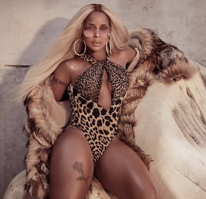 Happy 49th Birthday to the Queen of knee high boots herself, Ms. Mary J. Blige