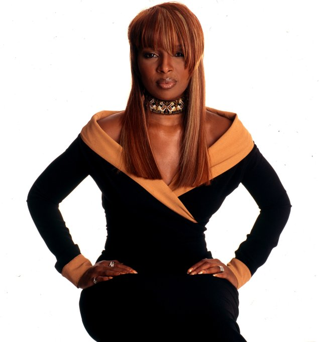 Mullet Mary  was errrthanggggggggg Mary J. Blige, 1990s (c. Anthony Barboza) Happy Birthday MJB!