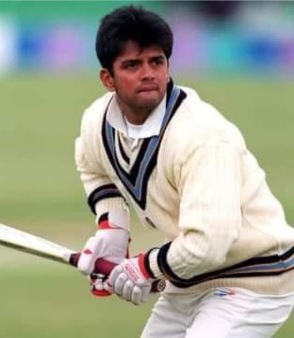 Wish you a very happy bday to The Wall Of Indian Cricket, My favourite  Batsman Mr. Rahul Dravid