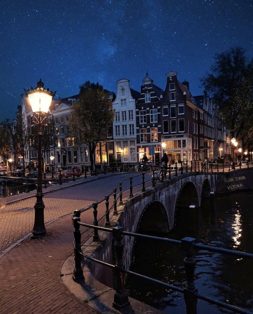 Amsterdam, Netherlands   via: amsterdam_special #amsterdam #netherlands #Holland #travel #love #rotterdam #paris #art #photography #nederland #london #amsterdamcity #europe #iamsterdam #ajax #dutch #music #denhaag #weed #utrecht #fashion #berlin #like #newyork #barcelona RTpic.twitter.com/5MX2bWqDC1