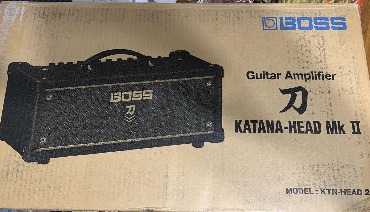 Got a new toy from Sweetwater! #newgearday #sweetwater #bosskatana #guitaramp #guitaramps pic.twitter.com/lzn6w4RzBC