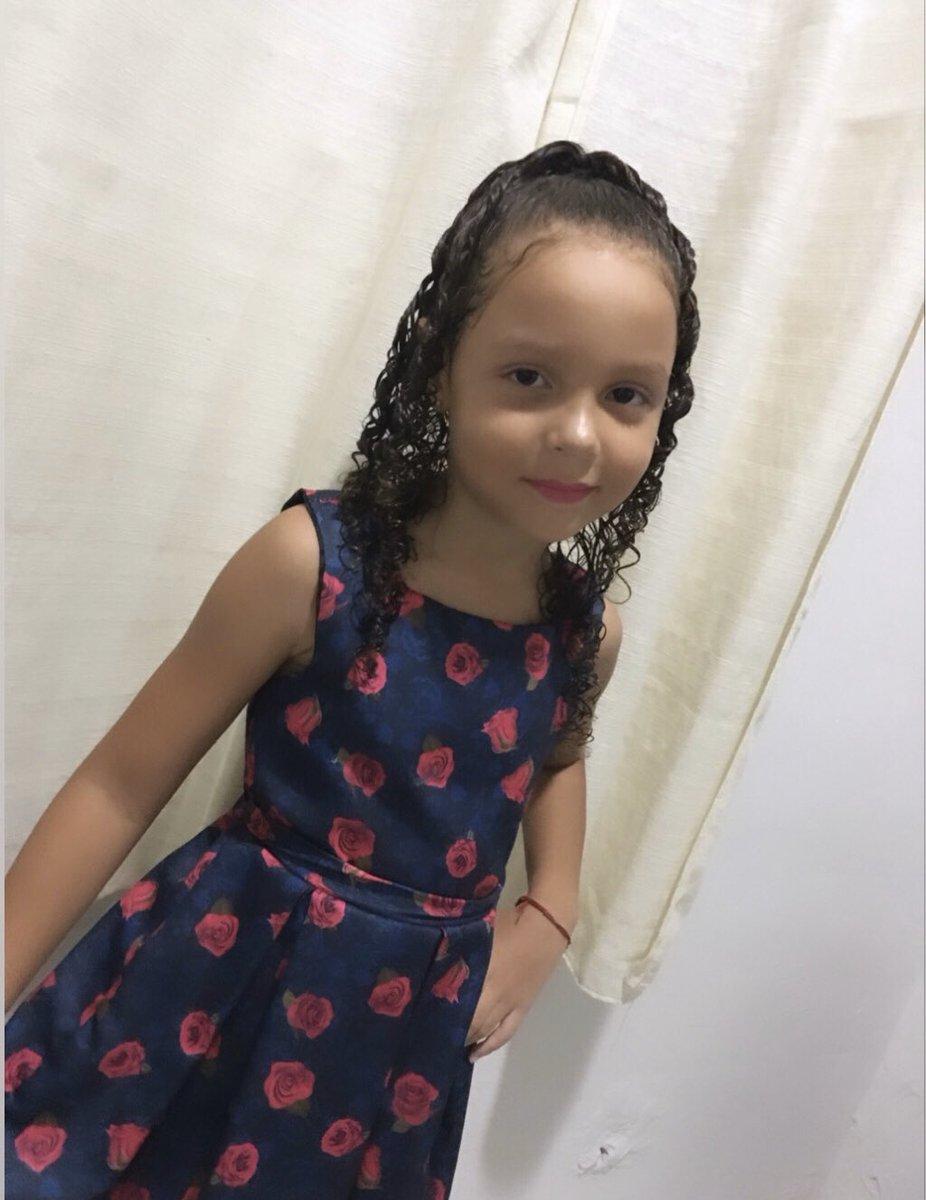 Minha vida não é perfeita, mas quando olho para minha filha querida sei que fiz algo perfeito na vida !! #meuPrimeiroAmor #minhaprincesa #primogenita 👩👧♥️