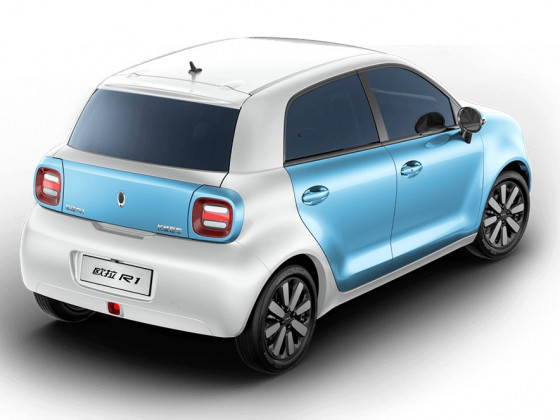 India will see this year Ora-R1 ,Chinese GWM 's new Entry Small But good Range 300-350 ,ORA-R1's motor 48PS of power ,125Nm of torque. a 33kWh battery (28.5kWh in the base model). You can charge battery to 80 per cent at a fast charging station in a claimed 40 minutes.@ Rs.8 Lacspic.twitter.com/6vAjQ3zewv