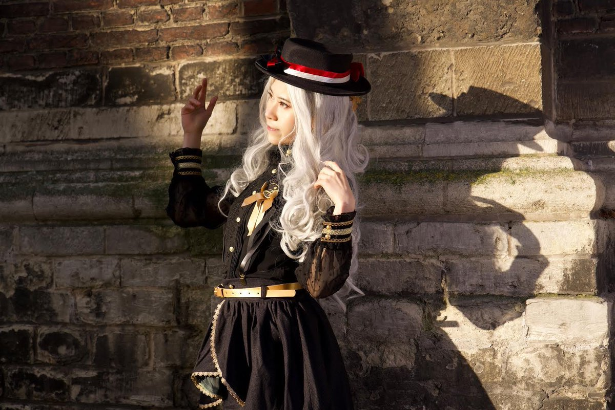 #Cosplay 🎩 Awesome of the Day: #Steampunk ⚙️ #Gothic 'Le coucher du soleil' #Lolita #Otaku Costume via @SamaMarumaru 📷 verhe.fotografie #SamaGeek 🤓 #SamaCosplay