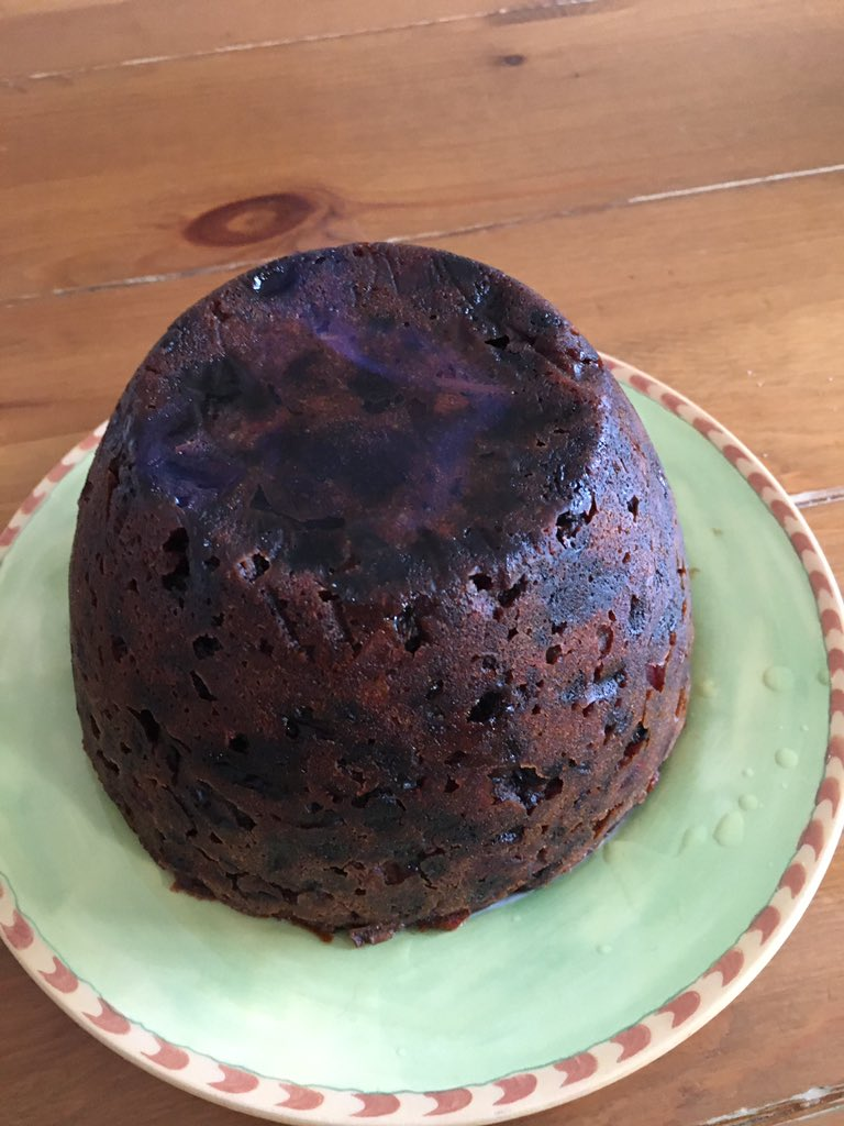 Delicious, you just can't beat home made #Christmaspudding and this is the best I've had,  made from a secret recipe by #Supercook @carolnealonpic.twitter.com/AMIhEtNgal