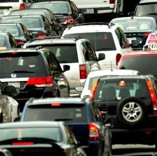 What do you call a sad traffic jam? Bummer-to-bummer traffic.  #dadjoke #dadjokeoftheday https://ift.tt/2QKVrLupic.twitter.com/gJTmmQ5UZf