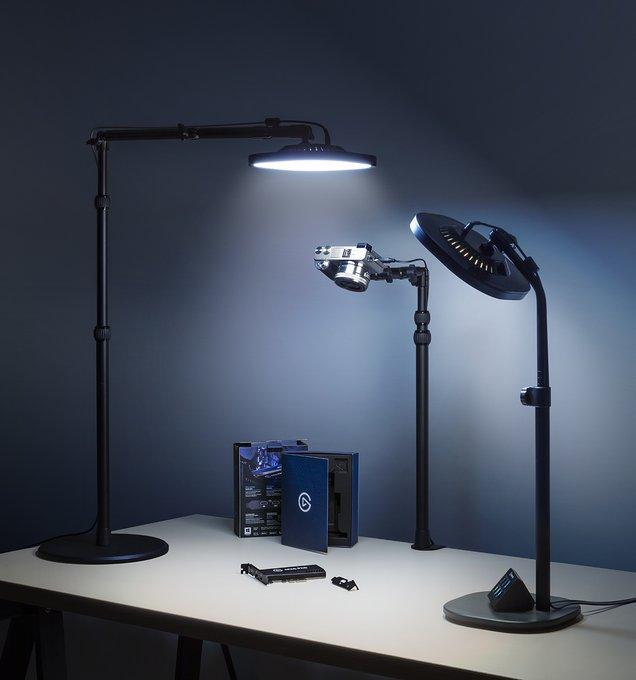 Combinez Key Light Air et Multi Mount pour l'angle d'éclairage parfait.