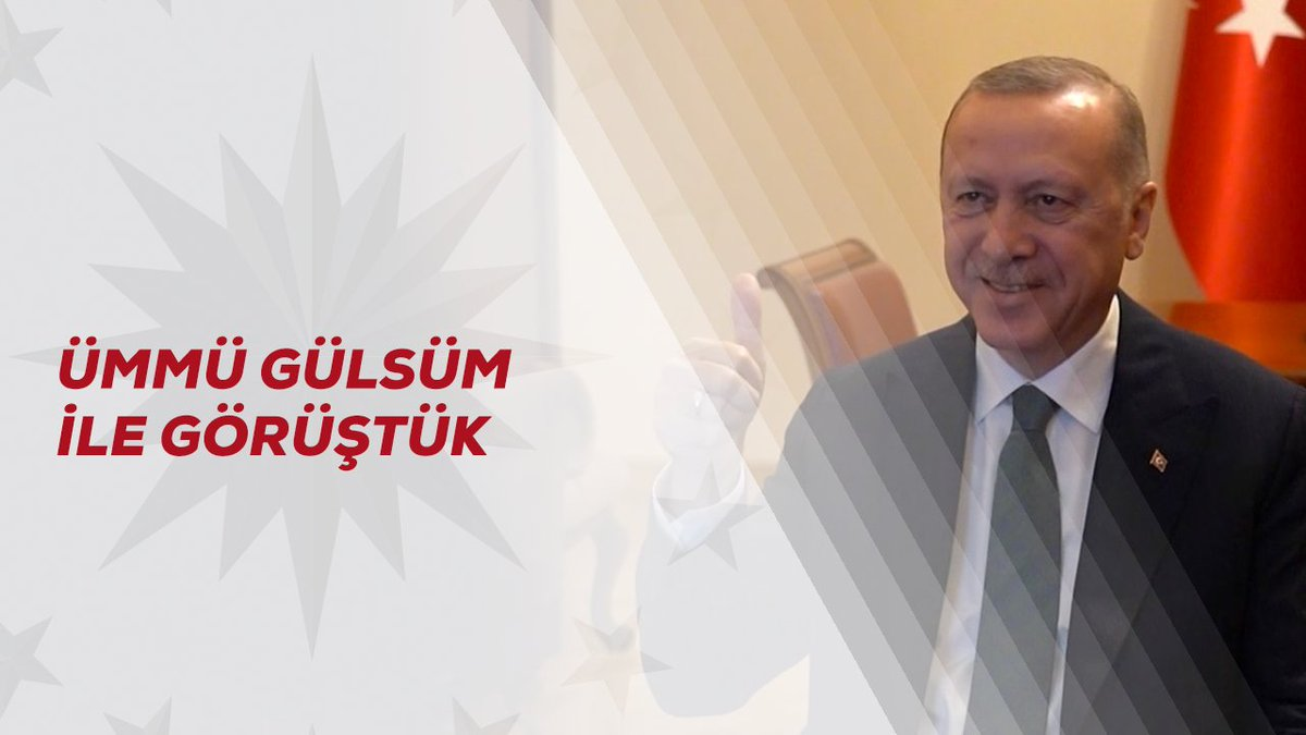 Güler yüzü, pozitif enerjisi ve bilgisiyle tüm Türkiye'nin gönlüne giren Ümmü Gülsüm kardeşimiz ile görüntülü görüşme gerçekleştirdim. Kendisini tebrik ediyor, başarılarının devamını diliyorum.