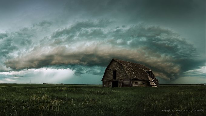 Community Spotlight: 'Saskatchewan Storm Cell' by AndreLJBrandt https://buff.ly/2FBpHCh
