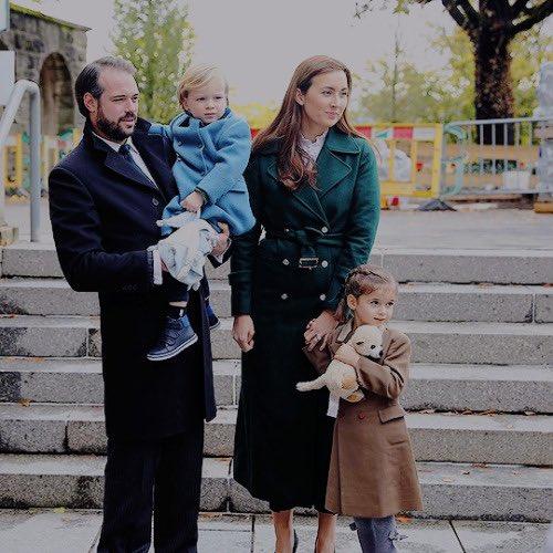 Znalezione obrazy dla zapytania: prince felix and princess claire of luxembourg with child