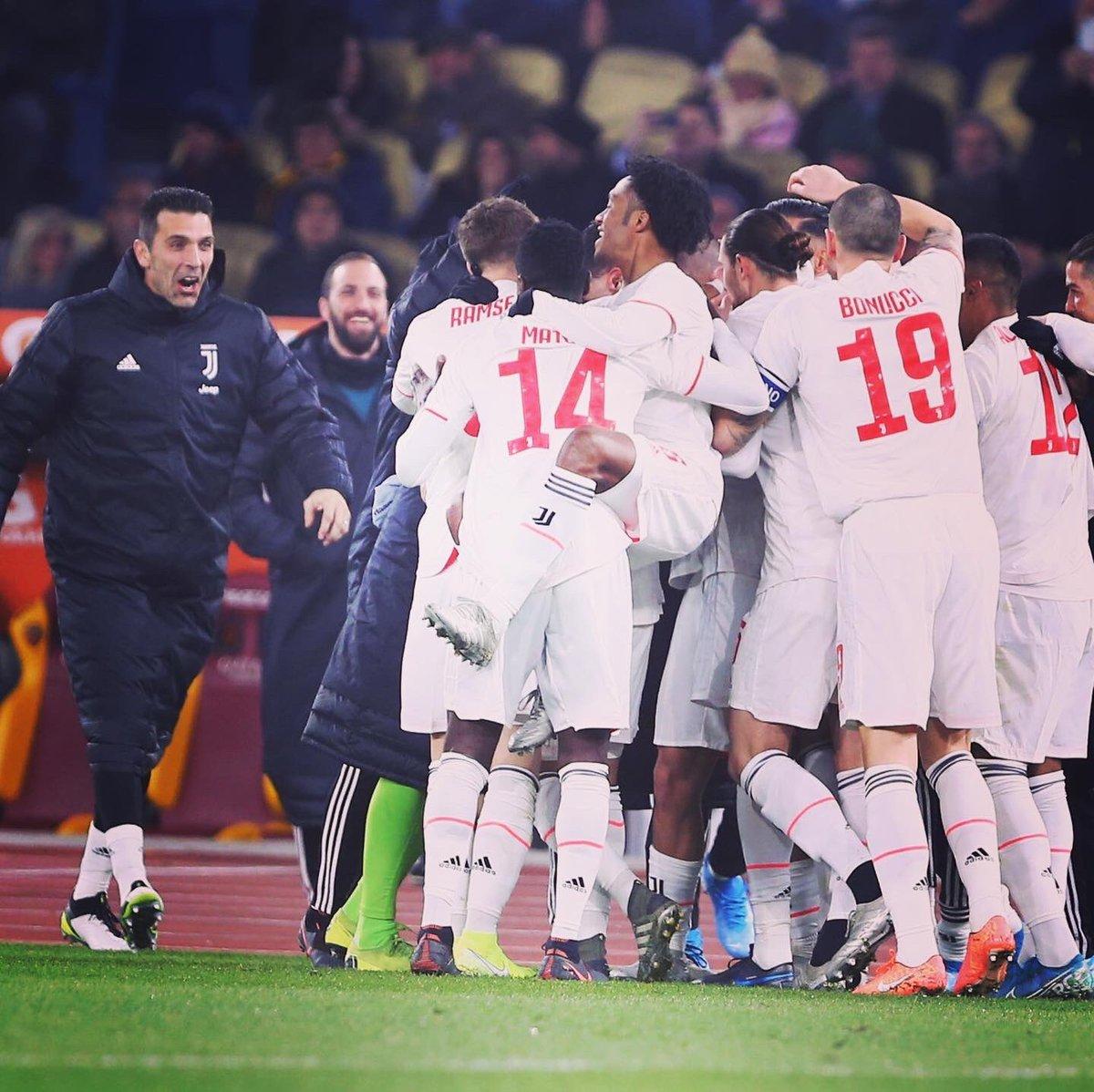 🇮🇹 Una vittoria importante e sofferta. Ma, prima di tutto, una vittoria! 🇬🇧 An important and painful victory. But first of all, a victory!  #RomaJuve #FinoAllaFine