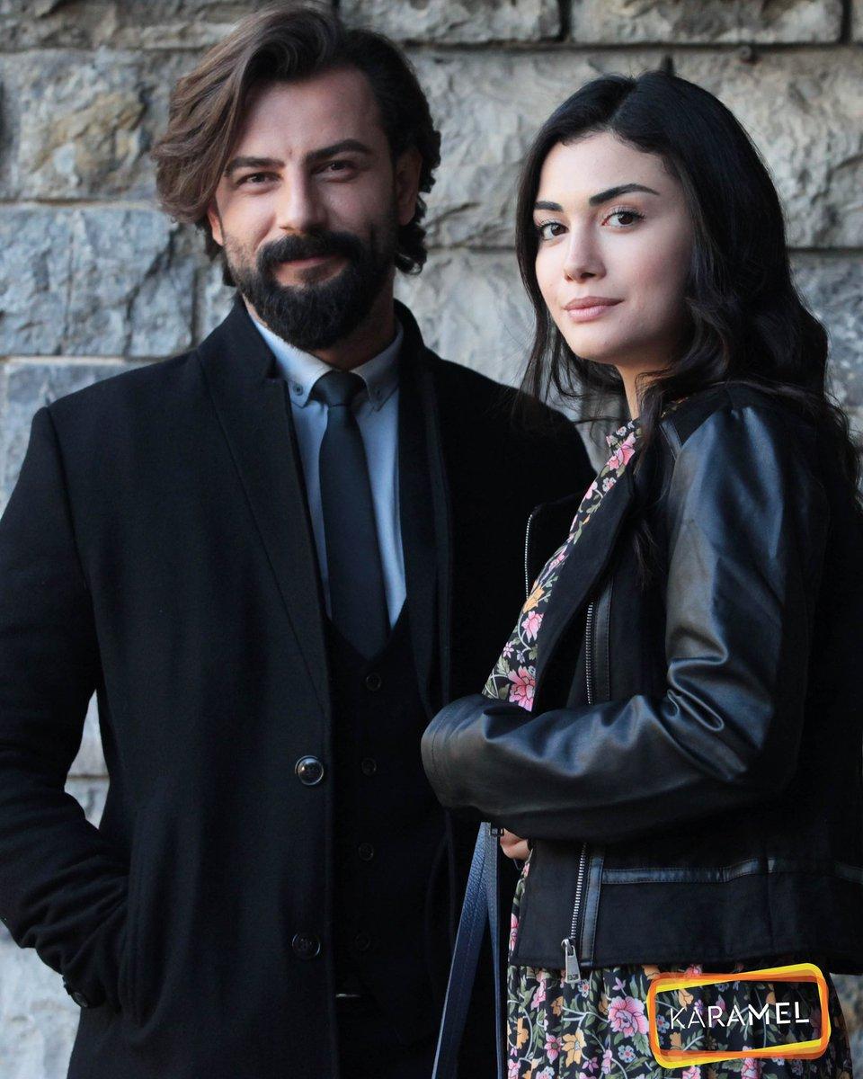 Let's see if husband and wife are going to College together . Professor Emir and his favourite pupil Reyhan . Mr & Mrs Tarhun look so good in black . Perfect match ever #yemin #ThePromise #ReyEm #Reymir #EmirReyhan #gökberkdemirci #özgeyağiz #ÖzBerk #kanal7pic.twitter.com/7AmKomOtvQ