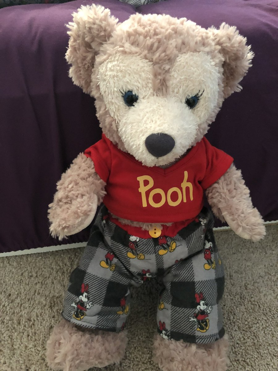 Shelly may in her outfit for her first trip Disney world in February she  Super excited Duffy and her decided to take turn being my travel buddy ❤️🧸❤️ @CraftyShellie #shelliemay #Beautiful @WaltDisneyWorld #travalbuddy #duffythedisneybear