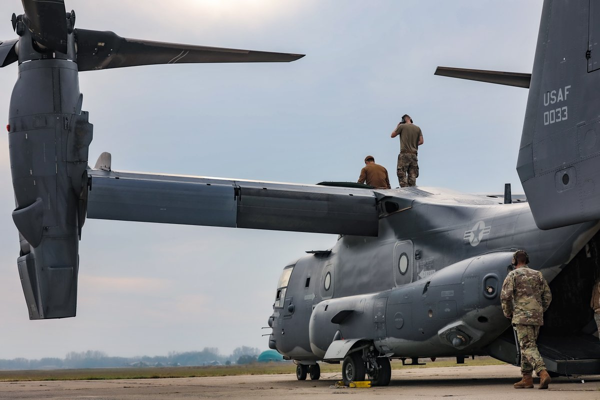 U.S. #airmen assigned to the 352d Special Operations Wing perform maintenance on a CV-22B #Osprey aircraft in Szolnok, #Hungary.