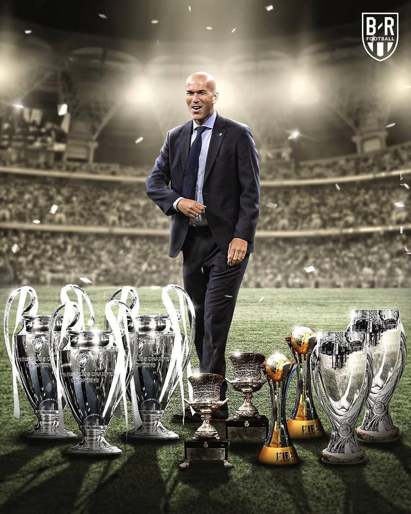 THE BOSS 😎  ㅤㅤ ㅤㅤ 📸 : BR ㅤㅤ ㅤㅤ 3X UCL 2X SPANISH SUPER CUP 2X FIFA CLUB WORLD CUP 2X UEFA SUPERCUP ㅤㅤ ㅤㅤ #HalaMadrid #RMSuperCup #RMDL https://t.co/5w4w08wrG5