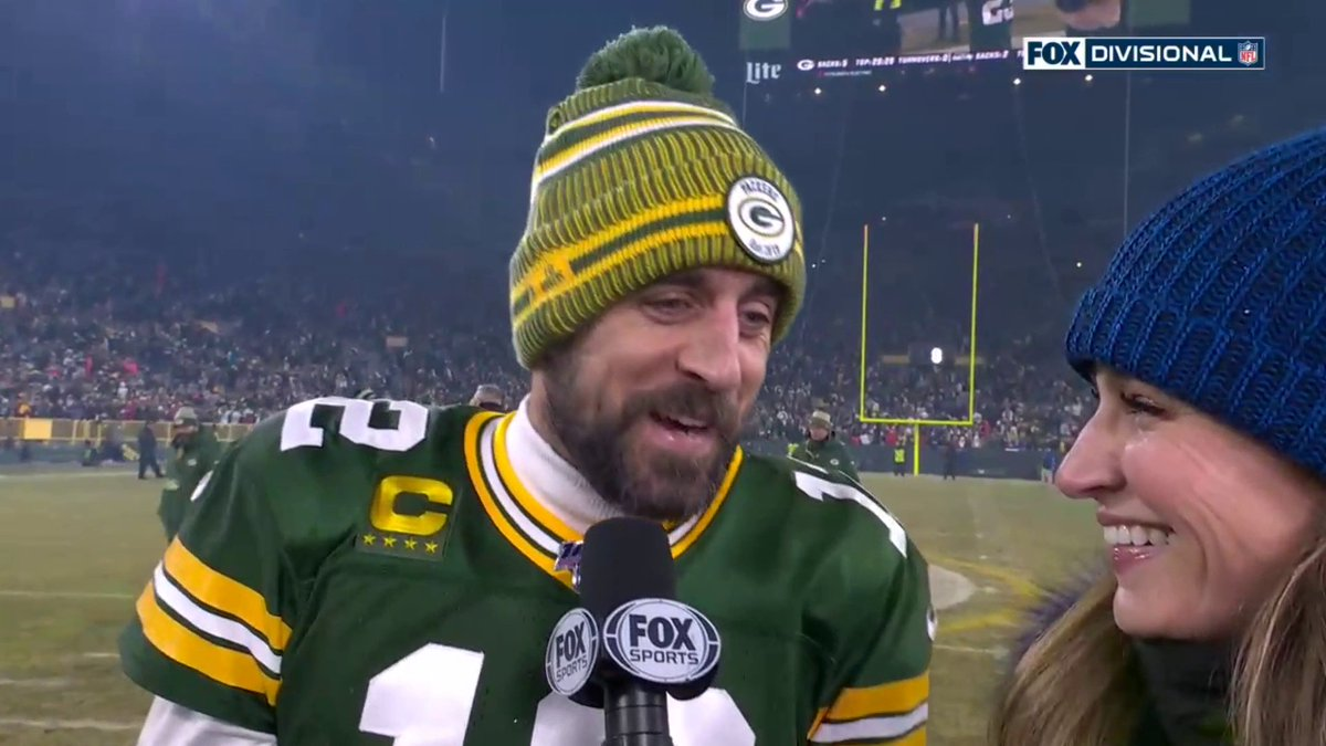 Aaron Rodgers, with some help from his defense, leads the Packers into the NFC title game