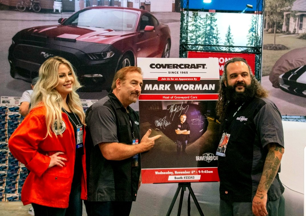 From #sema2019 with the Ghouls at our friends from @Covercraft1965 . @OfficialMOPAR @SEMASHOW @MotorTrendTV @graveyardcarz @PPGRefinish_NA @ClassicInd @inlinetube<br>http://pic.twitter.com/9jm5U2Uake